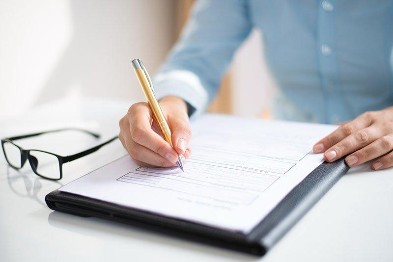 รับรองเอกสารกงสุล ต้องกรอกแบบฟอร์มยื่นคำรองอย่างไร