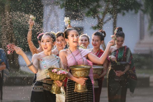 วันสงกรานต์จีน มีกรรมเหมือนของไทยไหม?